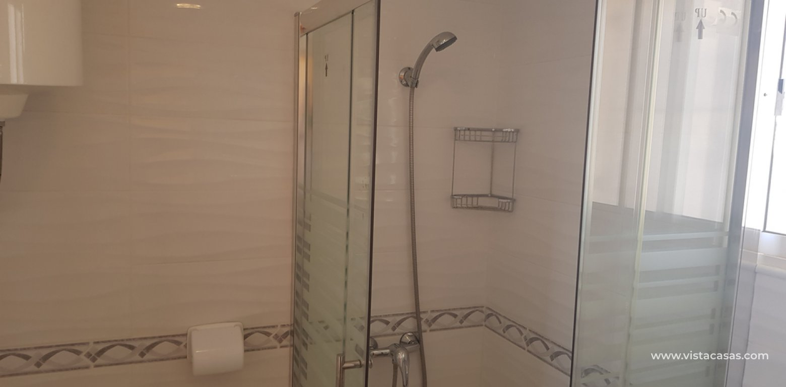 Apartment for sale in Mil Palmeras bathroom