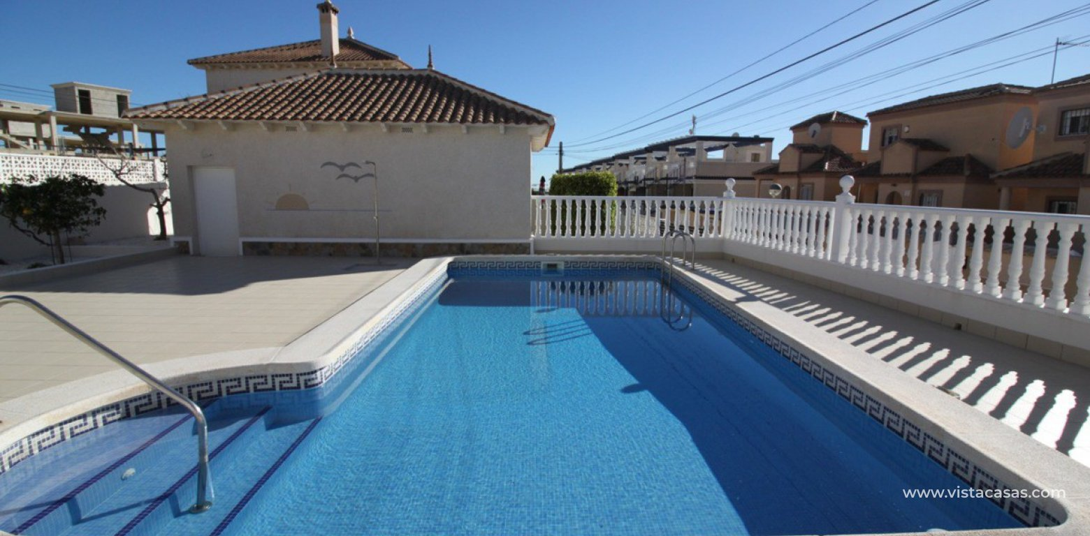 Property for sale in Villamartin pool