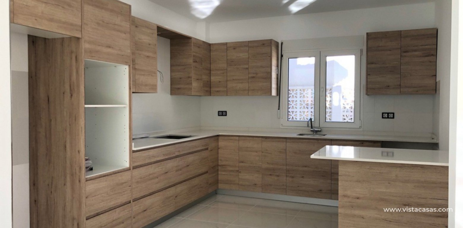 Property for sale in Villamartin kitchen