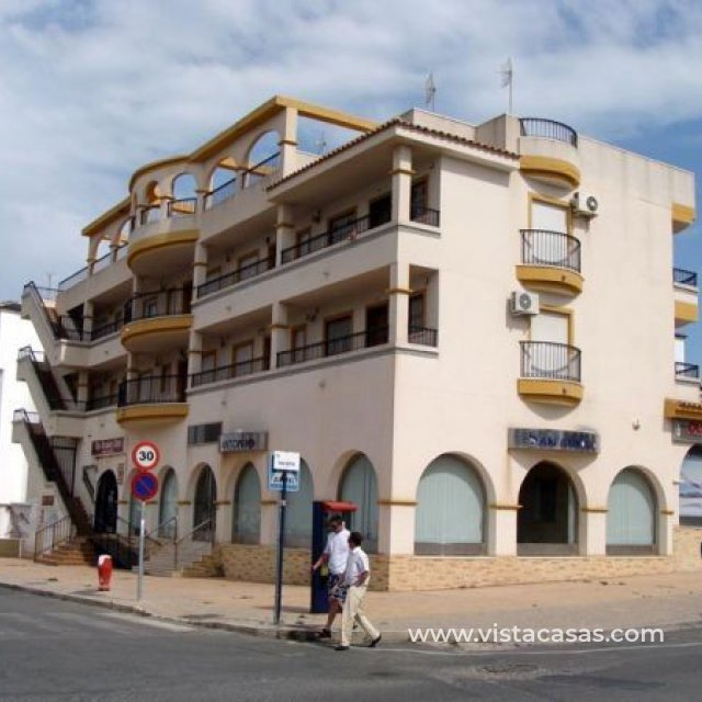 Appartement - Sale - Villamartin - Villamartin